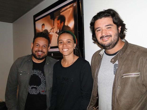 Alex Passos, Priscila Teles Coelho e Felipe Barros integram o júri do festival. (Foto: Flávia Cristini/ G1)