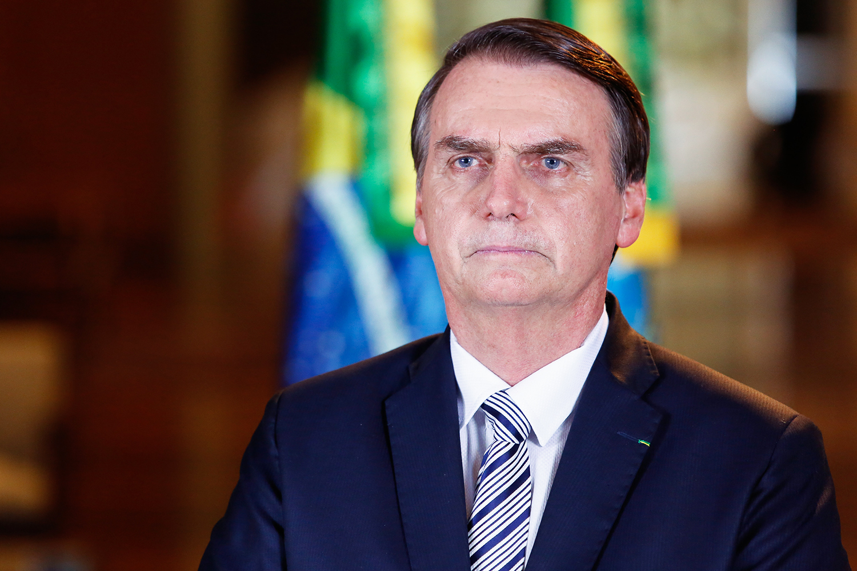 Decreto de Bolsonaro desta quinta inclui igrejas como serviços essenciais