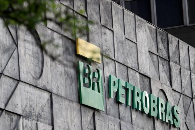 Petrobras desaba mais de 20% no Ibovespa com nova crise do petróleo
