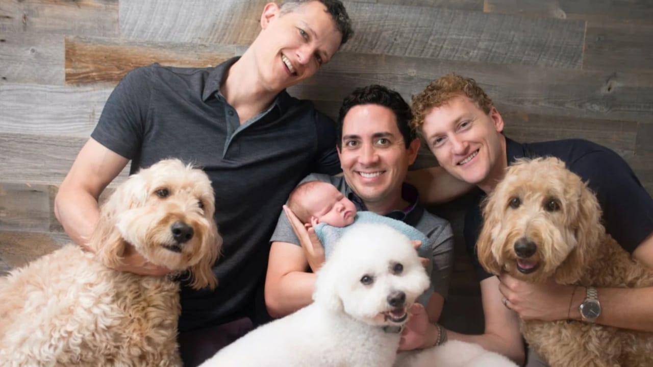 Ian, Alan e Jeremy Allen com a filha