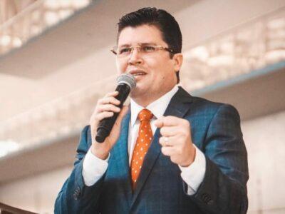 pastor Davi Goés